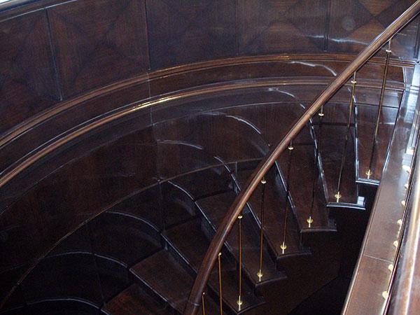 Заказать лестницу в частный дом 13