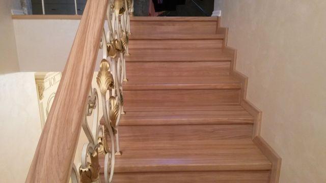 Лестница с коваными перилами на заказ 25