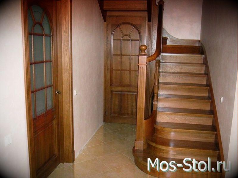Шкаф под лестницей 12