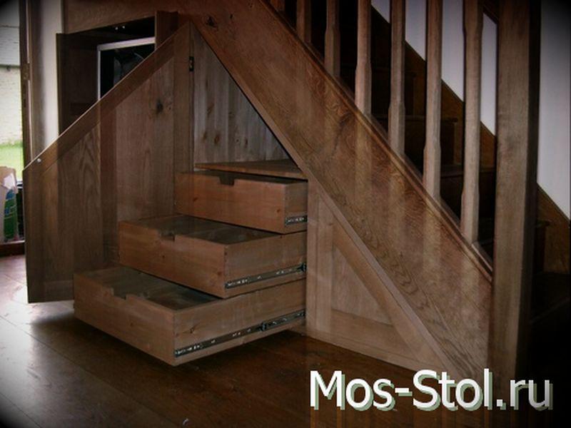 Шкаф под лестницей 13